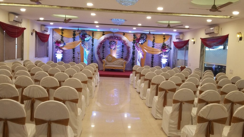 White Lily Banquet decoration